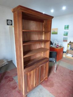 Kiaat Bookshelf