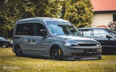 Diy Gym Equipment, Volkswagen Caddy, Van Car, Motor Car, Motor Vehicle, Cool Vans, Custom Vans, Japanese Cars, Van Life