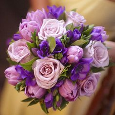 10 wedding planning rules for every bride. (plus … 10 wedding planning rules for each bride … will keep them for later! (And this bouquet is beautiful! Purple Bouquets, Purple Wedding Flowers, Wedding Cakes With Flowers, Yellow Wedding, Purple Roses, Lilac Wedding, Pink Bouquet, Flower Bouquets, Wedding Colors