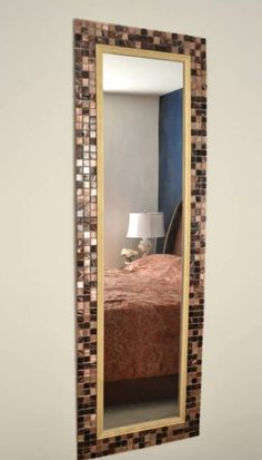 DIY Tile Mirror, how to make a mirror with tile frame with elmer's probond advanced (Diy Muebles Espejo) Mirror Mosaic, Mirror Tiles, Mosaic Tiles, Mosaics, Entry Mirror, Mirror House, Convex Mirror, Sunburst Mirror, Mirror Bathroom