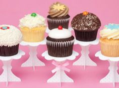 Lovely cupcakes stands in Decoration for babies, children and adults parties, for events such as anniversaries or birthdays or dinners