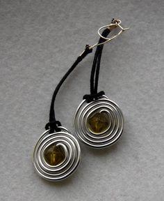 Earring Nº12  Price: £2 / 2,50€