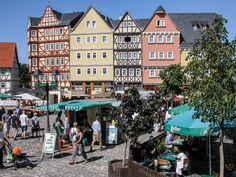 Frankfurt Rhein-Main: Tipps für Groß und Klein  (rf) Frankfurt ist bekannt als Global Player: Stadt der Banken und der Deutschen Börse und eines der größten Flugdrehkreuze weltweit. Die Region zwischen Rhein und Main konzentriert sich nicht allein auf ....  Mehr dazu: http://www.reisefernsehen.com/reise-news/ausflugstipps/frankfurt-rhein-main-tipps-fuer-gro-und-klein.php