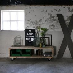 salontafel-groot-steigerhout Wood, Furniture, Home, Interior, Interior Styling, Home Deco, Home And Garden, Rustic Industrial, Home Decor