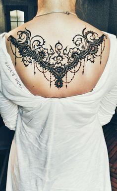 Ideas Tattoo Back Design Hand Henna Henna Body Art, Mehndi Tattoo, Henna Mehndi, Henna Art, Body Art Tattoos, Tatoos, Tattoo Ink, Mehendi, Lace Tattoo Design