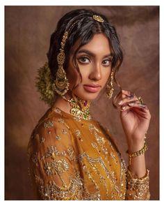 "A N A Y A H J E W E L L E R Y on Instagram: ""' A Bridal Story ' - Live Virtual bridal show Hair: @aamirnaveedhair Makeup: @ambreenmakeup @ambreenmakeupteam Stylist:…"""