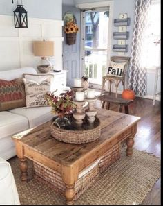 Charmant Large Storage Baskets Under Tables U0026 Benches Along With Rustic Detail (cute  Troff Idea)