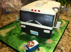 Front view.  This cake was soooo heavy!