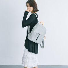 Laptop Backpack Lightweight Waterproof Travel Backpack Double Zipper Design with Seamless Classical Texture Pattern School Bag Laptop Bookbag Daypack for Women Kids