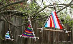 Here's a great summer bordem buster project for your kids to do called Nature Weavings.  This is great because you can also incorporate this with a nature walk in the woods to collect the sticks needed for the frame of the weaving.  The other thing I like about this project too is that you don't…