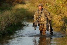 How to Pack Hunting Gear on Long Walks to the Treestand | There Is an Art Form to DIY Hunting