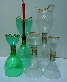 candelabros con botellas de plastico
