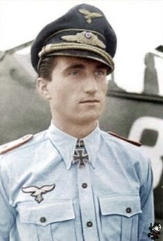 Walter Nowotny flew over 442 missions in achieving 258 victories. Luftwaffe, Air Fighter, Fighter Pilot, German Soldiers Ww2, German Army, Military Men, Military History, Ww2 Aircraft, Military Aircraft