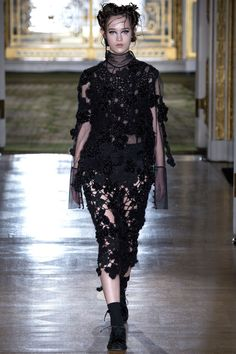 Simone Rocha | London Fashion Week | Fall 2016