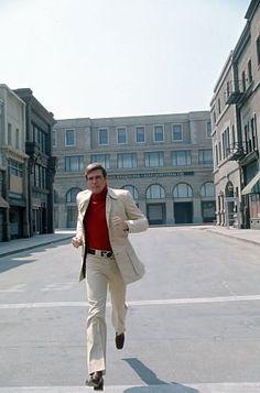The Six Million Dollar Man (1974–1978)