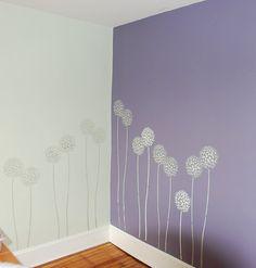 Accent wall stencils in a room. Beautiful wall stencils by Cutting Edge Stencils. | Flickr: Intercambio de fotos