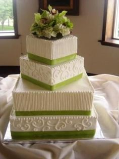 stunning wedding cake - love the colors