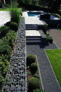 jardin paysager, terrasse, piscine et pierres