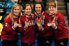 Canada's Jennifer Jones, Kaitlyn Lawes, Jill Officer and Dawn McEwen along with fifth Kirsten Wall and coach Janet Arnott have won gold in Olympic curling. It is Canada's first gold in … Olympic Team, Olympic Games, Olympic Curling, Bali, Women's Curling, Jennifer Jones, O Canada, Super Sport, Winter Olympics