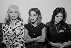 Debbie Harry was the lead singer of Blondie. Suzi Quatro was an early punk pioneer, and Joan Jett branched out from the all-girl rock group The Runaways Joan Jett, Blondie Debbie Harry, Music Love, Rock Music, Blue Soul, Sandy West, Chris Stein, Rare Historical Photos, Women Of Rock