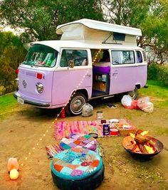 Camping goals tiarniebrasher wanderlust hippielife freedom Hippie Style, Combi Hippie, Hippie Mode, Hippie Vibes, Hippie Car, Vw Hippie Van, 70s Hippie, Vintage Hippie, Van Life