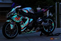 that is very nice bike Custom Street Bikes, Custom Sport Bikes, Yamaha Bikes, Cool Motorcycles, Moto Bike, Motorcycle Bike, Super Bikes, Bmw S1000rr, Dirtbikes