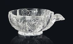 A LOBED MUGHAL ROCK-CRYSTAL CUP. INDIA, LATE 18TH/EARLY 19TH CENTURY