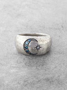 Una vez en una luna azul Anillo