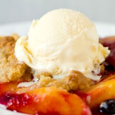 Peach and Blueberry Crumble