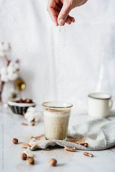 ... vegan smoothie with nut milk, dates and cinnamon | tatjana ristanic photography ...