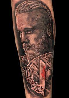 Ragnar tattoo Vikings vikingos Ragnar lodbrok