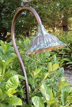 Bronze Sunflower Garden Pathlight.