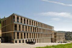 Conjunto Habitacional em Torrelles de Llobregat / BB Arquitectes