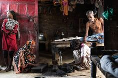Lali Rajbhar, an unemployed weaver, with his family. His wife and daughters earn a meager living by making incense sticks. Infant Mortality, Varanasi, Photojournalism, Wonders Of The World, Asia, Incense Sticks, Daughters, Live, Inspiration