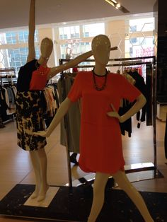 With mannequins like this, you too will feel like celebrating. ~ www.icityretail.com