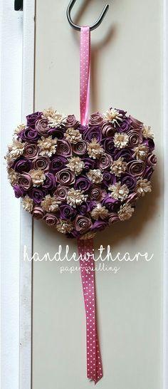 Paper quilling, fiocco nascita con rose e fiori di carta. Paper flower
