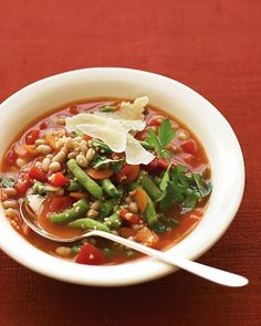 Whip up this quick minestrone soup for lunch using the microwave.