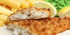 Homemade Fish and Chips with Tartar Sauce Fish Recipes, Seafood Recipes, Cooking Recipes, Dinner Recipes, File De Panga, Best Fish And Chips, Giant Food, Pub Food, Baked Fish