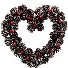 Winter Christmas, Christmas Wreaths, Christmas Crafts, Christmas Decorations, Holiday Decor, Pine Cone Crafts, Pine Cones, Crochet Necklace, Inspiration