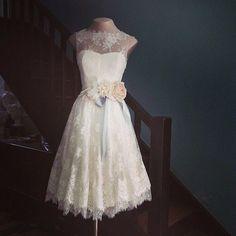 Tititi & Trelelê: Inspiração: Vestido de noiva curto e rodado