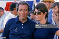 Singer and actor Andy Williams with wife Claudine circa Andy Williams, American Singers, Music Notes, Rock And Roll, Mirrored Sunglasses, Actors, Celebrities, Photography, Musica