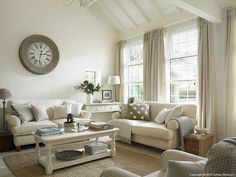 The living room in Marie & Alan's Belfast lodge cottage. http://www.ampimage.com/