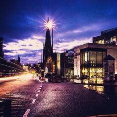 From our friends at @universityofleeds - Been spending a lot of time in here? #librarylife. Good luck to those who still have exams! #leeds #leedsuni #leedsuniversity #universityofleeds #leedslife #leedsinwinter #earlymorning #goviewyou