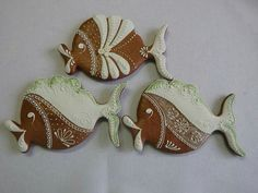 Gingerbread Fishies :-) Gingerbread, Biscuits, Clay, Christmas Ornaments, Holiday Decor, Crack Crackers, Clays, Cookies, Ginger Beard