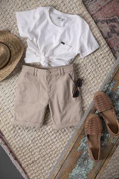 Women's Regular Fit Utility Chino Walkshort Shorts With Pockets, Chino Shorts, Spring Style, Summer Looks, Organic Cotton, Eco Friendly, Spring Fashion, Backyard, Contemporary
