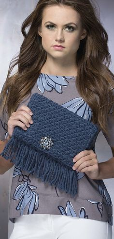 fringe crochet purse - pattern in the Fringe Benefits crochet book