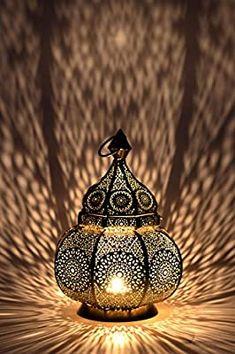 Oriental Moroccan Lantern Lantern Garden Metal Vintage Table Lamp … - Home Page Home Lanterns, Outdoor Hanging Lanterns, Home Decor Lights, Lanterns Decor, Candle Lanterns, Hanging Lights, Candles, Candleholders, Moroccan Table Lamp