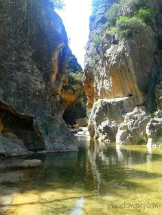Planeta Mamy: RUTA DEL AGUA DE CHELVA (Valencia) Places To Travel, Places To See, Valence, Spain Travel, Nature Pictures, Travel Around, Beautiful Landscapes, Land Scape, Wonders Of The World