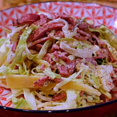 Keto Reuben Slaw keto-dailycom… – Recipes From Pins keto reuben coleslaw - Keto Coleslaw Keto Foods, Ketogenic Recipes, Paleo Recipes, Low Carb Recipes, Cooking Recipes, Soup Recipes, Ketogenic Diet, Keto Snacks, Lunch Recipes
