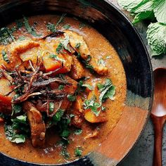 Homemade Chicken Korma with butternut squash or pumpkins and creamy coconut milk. This healthy chicken curry is Paleo, and Keto friendly. Paleo Pumpkin Recipes, Thai Recipes, Curry Recipes, Seafood Recipes, Paleo Recipes, Asian Recipes, Cooking Recipes, Dinner Recipes, Thai Cooking